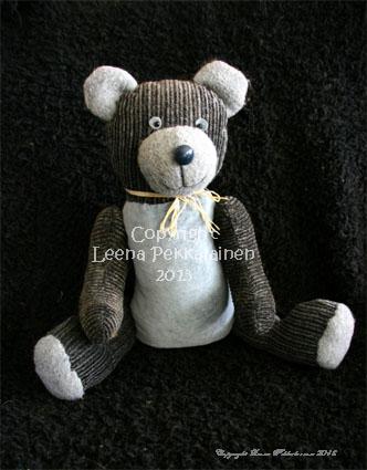 grey teddy bear